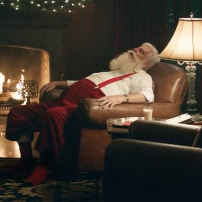 santa sleeping holiday christmas 2017